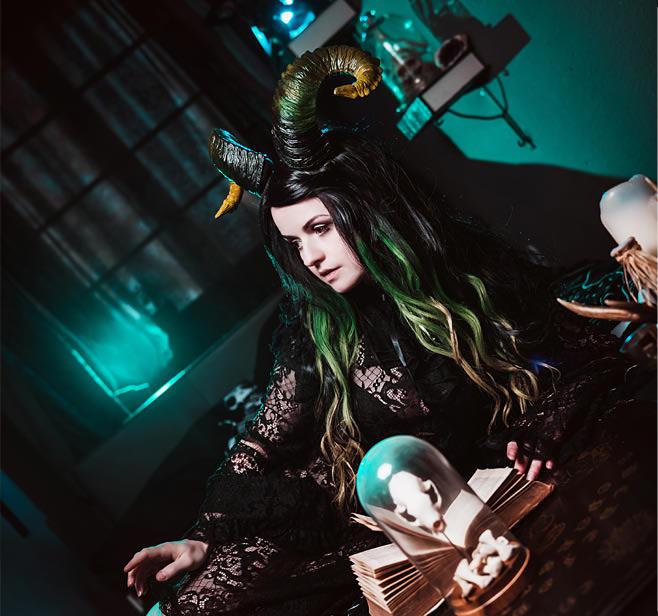Gothic Wohnaccessoires - Totenköpfe - Figuren - Regale und vieles mehr