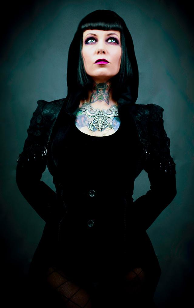 Gothic Bekleidung für Damen - Gothic Girls